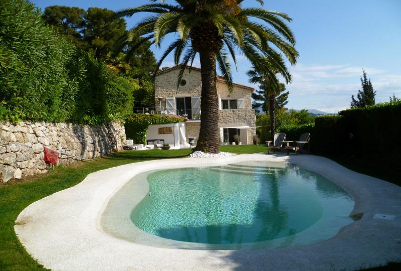 Mougins Holiday Rental, villa, 8 people, AL055 - Photo