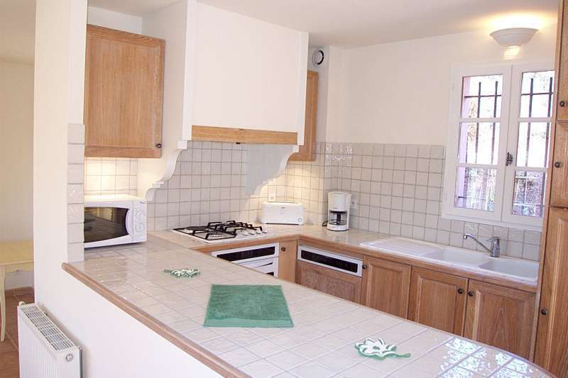 La motte en provence Holiday Rental, villa, 6 people, AL106 - Miniature 5