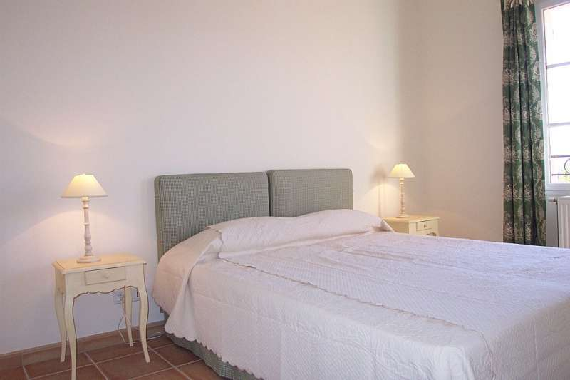 La motte en provence Holiday Rental, villa, 6 people, AL106 - Miniature 8